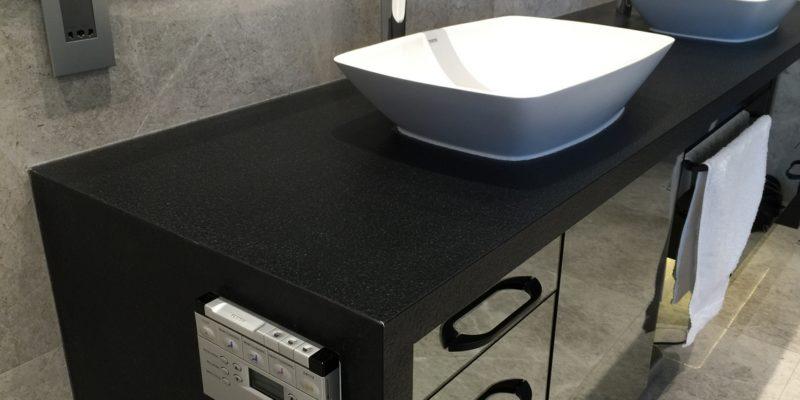 Modern bathroom – comfy and trendy